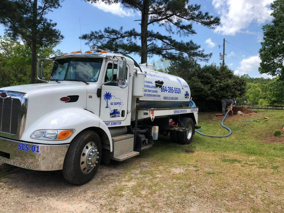 How much does a septic tank pump out cost